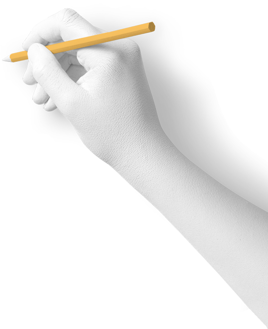 Ein orangener Stift wird von einer weiß bemalten Hand in Schreibposition gehalten. In genau dieser Position stelle ich mir meine Kunden vor, die mir als Freelancer ein ehrliches Feedback gegeben haben